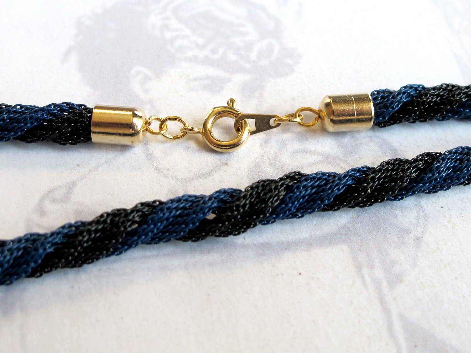 e73eb71f46d Vintage Black And Blue Enamel Twisted Rope Chain Bracelet (7.5 Inches)  (C634)