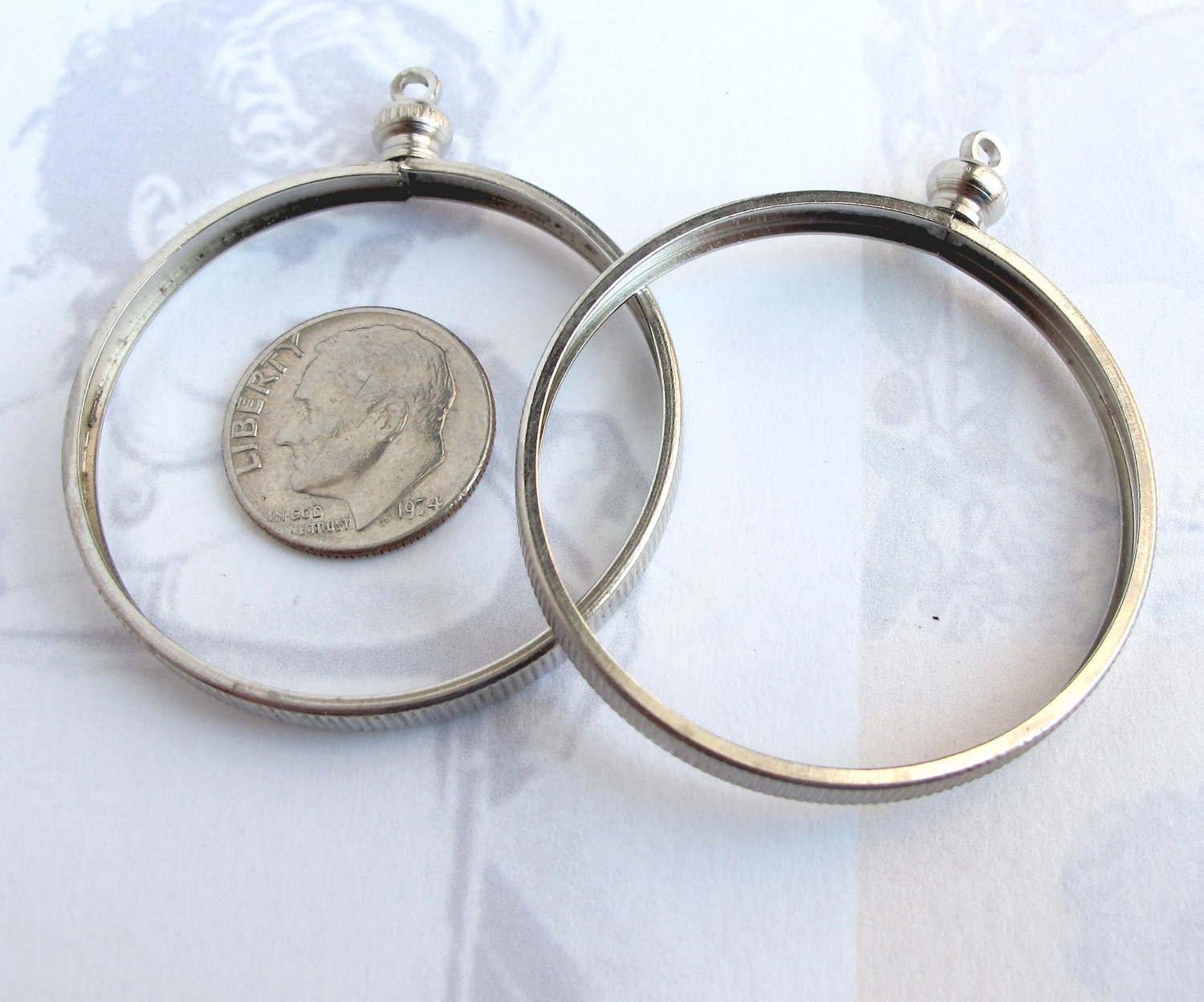 Huge vintage rhodium plated on brass coin holder pendants 4x v343 huge vintage rhodium plated on brass coin holder pendants 4x v343 aloadofball Images