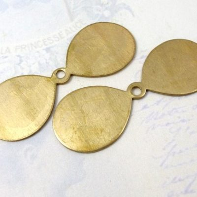 fan blade flower petal brass charm