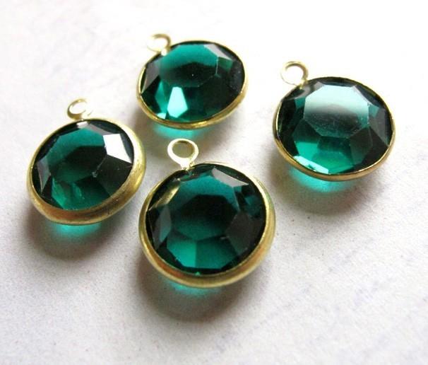 ba0427a00d4dc Vintage Emerald Green Swarovski Crystal Rhinestone Channel Charms ~ 14mm