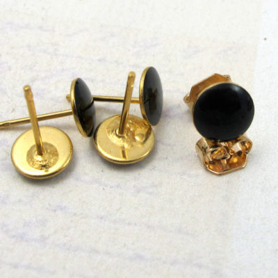 Vintage Black Enamel Resin Circle Stud Earrings